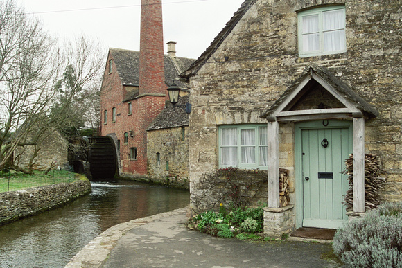 0003- Lower Slaughter,Cotswold, England